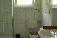 Haus-2-Badezimmer